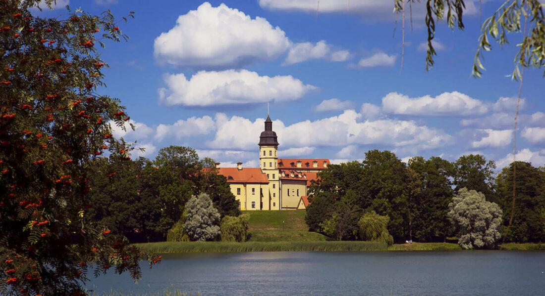 Schloss Palastensemble in Njaswisch   Bild: Benny Reiter