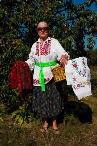 Bäuerin traditionelle Tracht Belarus Weissrussland