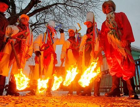 """Der Brauch """"Weihnachtszaren"""" in Belarus Weißrussland. UNESCO Weltkulturerbe"""